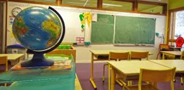 1970, información del mundo en el mundo referente a la educación tecnológica