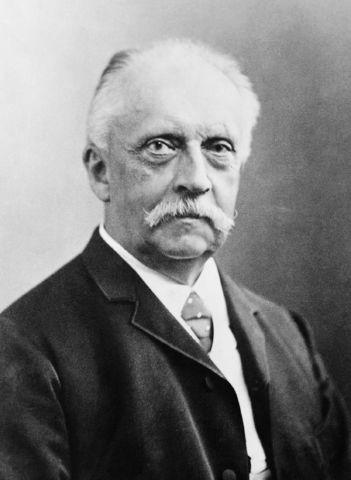 1821 Hermann Ludwig Helmholtz