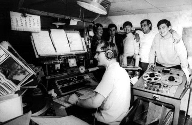 LA PRIMERA ESTACIÓN DE RADIO.