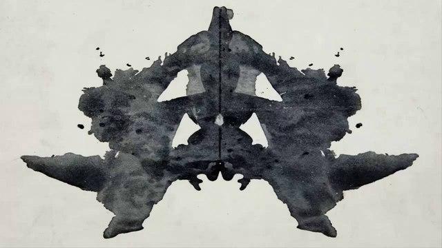 Se publicó por primera vez la prueba de Tinta de Hermann Rorschach.