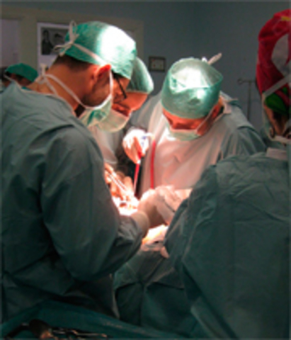 Partos por cirujanos