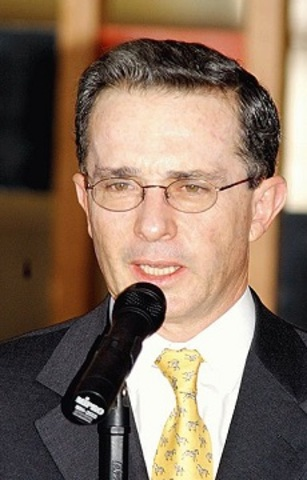 ALVARO URIBE VELEZ 2002-2010