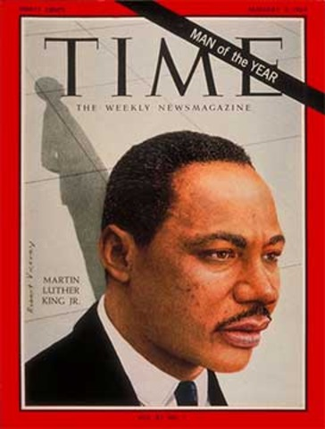 Martin Luther King jr. adresses 250,000 people on the lincon mamorial steps