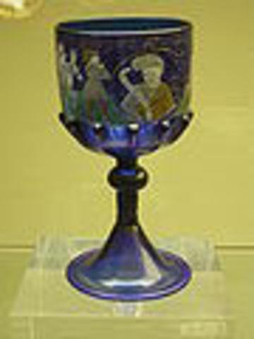 El cristal es inventado por Angelo Barovier