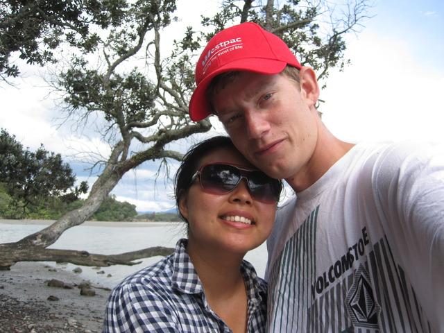 Sam and Susie celebrate their 6 month anniversary on Ohakana Island
