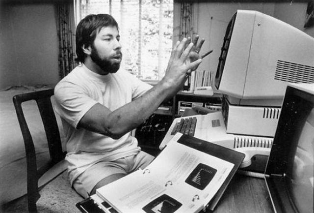 Jobs y Wozniak recaudan $ 1.300, y a través de la venta del Volkswagen
