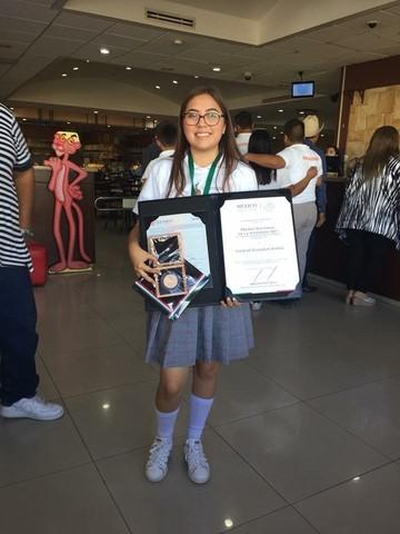 Premio Nacional de la Juventud.