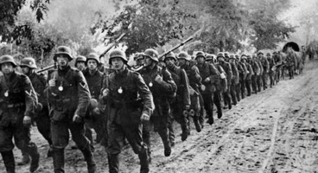 Tyskland angriper Polen