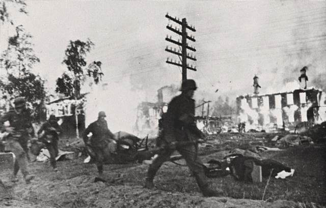 Storbritannia og Frankrike erklærer Tyskland Krig<33