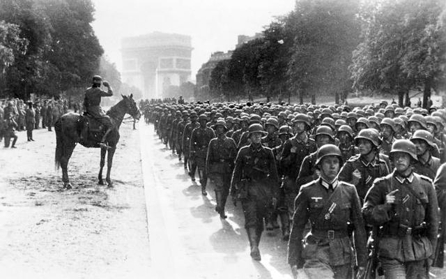 Tyskland angriper Belgia, Nederland og Frankrike