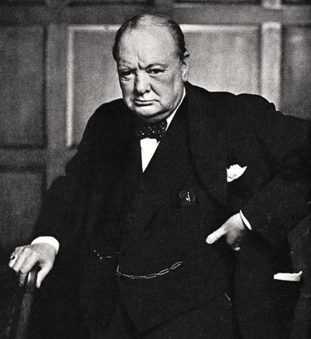 Churchill blir statsminister i Storbritannia