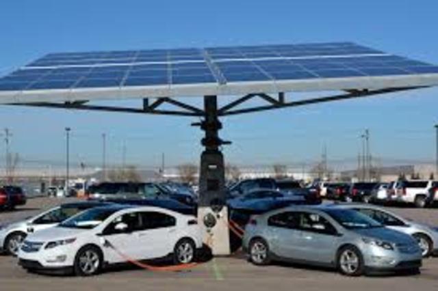 Invención de plantas solares y vehículos eléctricos
