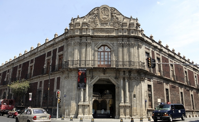 REAL Y PONTIFICIA UNIVERSIDAD DE MÉXICO (MÉXICO)
