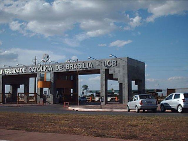 Universidad Católica De Brasilia (Brasil)