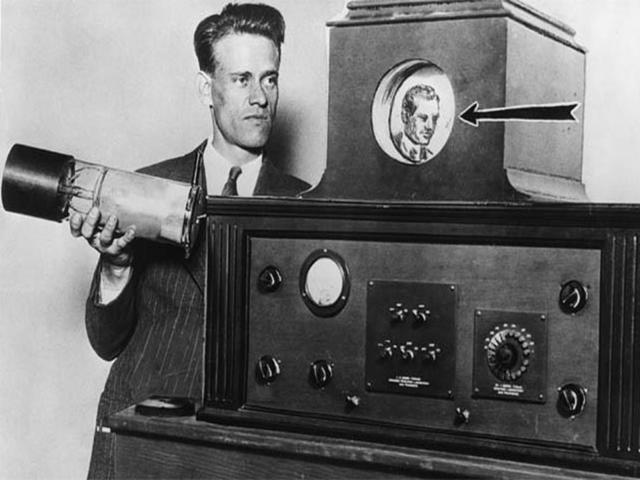 1833: Paul Nipkow cria o conceito de televisão