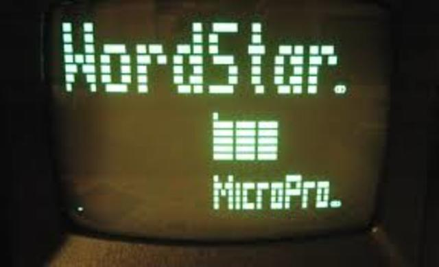 MicroPro International lanza WordStar.