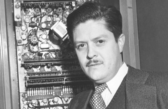el estudiante del IPN, Guillermo González Camarena, es visto por el presidente de la republica