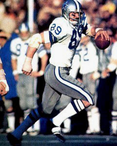 Mike Ditka Traded from the Eagles to the Cowboys
