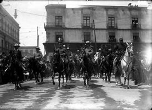 Entrada triunfal del ejercito Constitucionalista a la ciudad de Mexico
