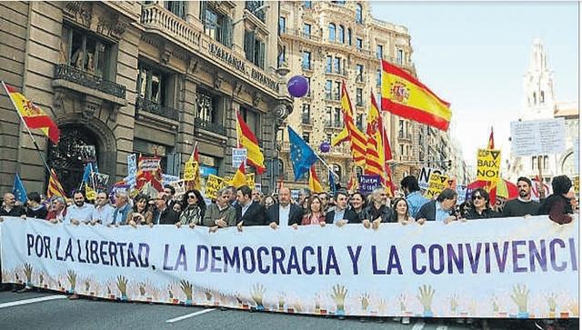 MANIFESTACIÓ A BARCELONA CONTRA EL PROCÉS CATALÀ