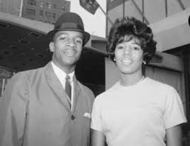 "James Hood and Vivian Malone became the first two black students to enroll successfully at the University of Alabama, defying Gov. George C. Wallace Jr.'s  ""stand in the schoolhouse door."""