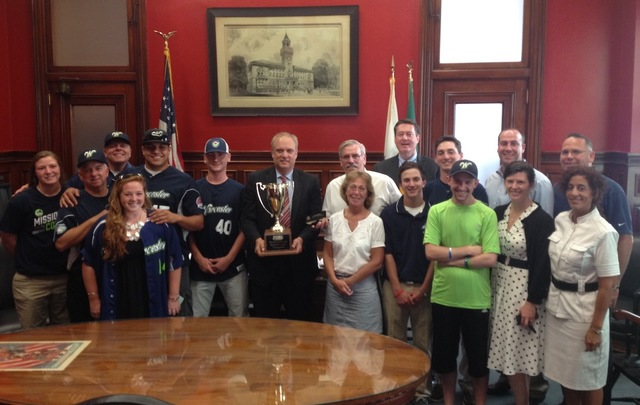 Bravehearts Receive Key to the City