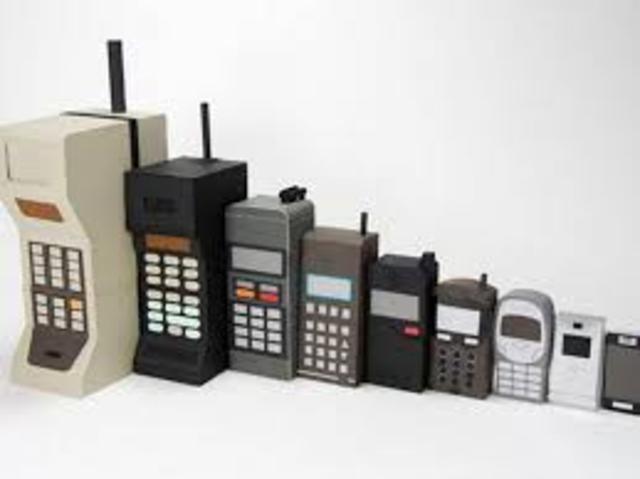 evolucion de los celulares en el año 1973.