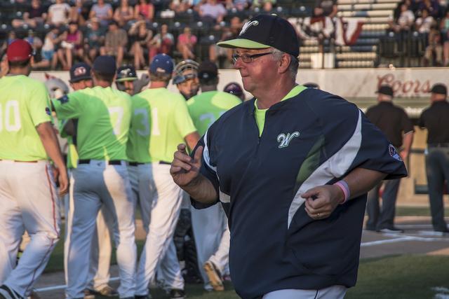 Hartigan Retires from Coaching