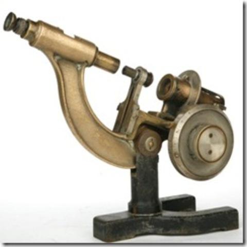 Invención del Microscopio compuesto