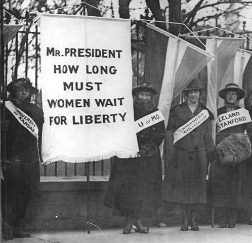 Picketing Women Suffragists Arrested In Front of White House