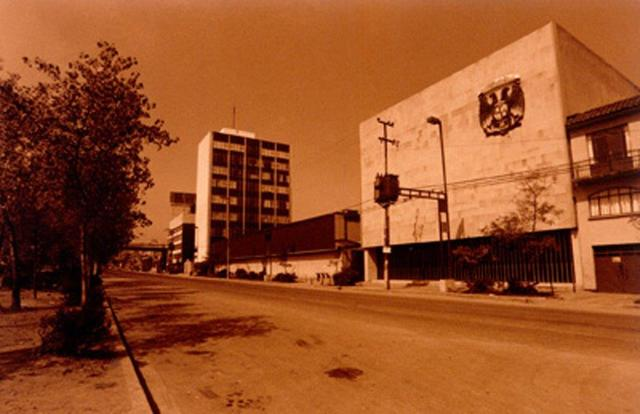 Se abren las Escuelas de Ingeniería y Escuela Mexicana de Arquitectura