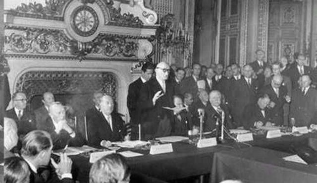 Le traité de Paris le 10 octobre 1947