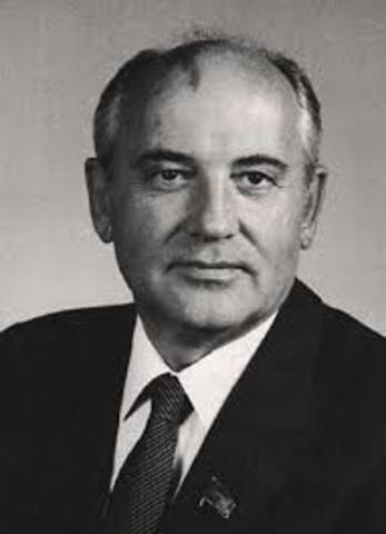 Mikhail Gorbatsjov ble  leder for Sovjetunionen