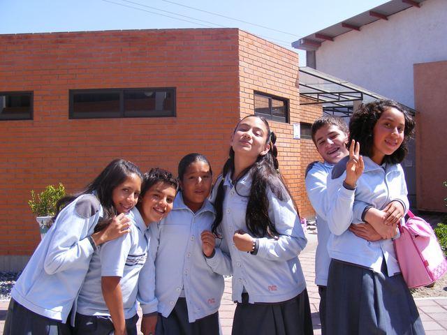 Me cambian de escuela y Sufro de Bullying en Colegio Nuevo Continente