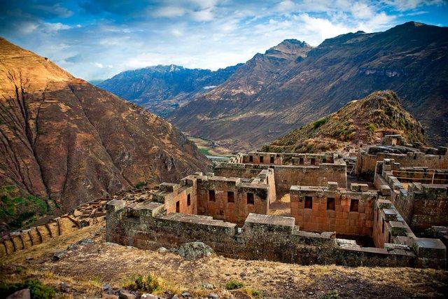 Fundación de Ollantambo en lo que hoy es Perú