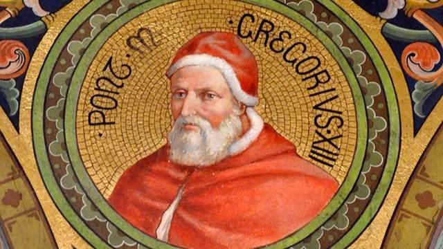 El papa Gregorio XIII introduce el calendario gregoriano