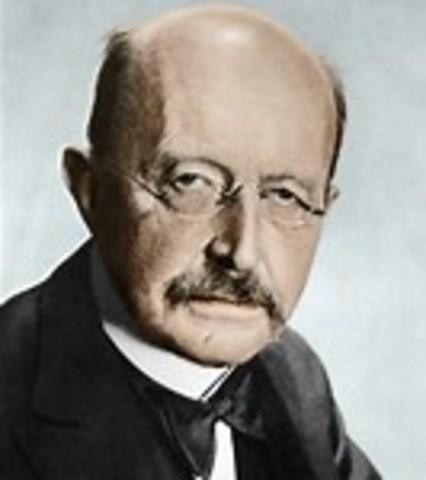 Max Planck Dies