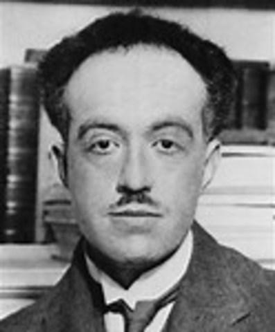 Louis De Broglie Dies