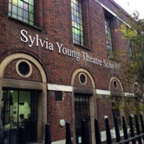 Escuela de Teatro de Sylvia Young