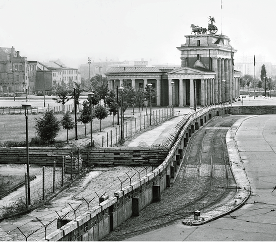 Berlinmuren falt