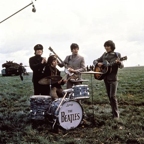Второй фильм с участием The Beatles и новый альбом