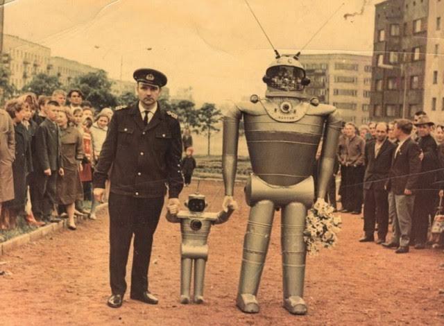 H. Maillardet construyó una muñeca mecánica capaz de hacer dibujos.