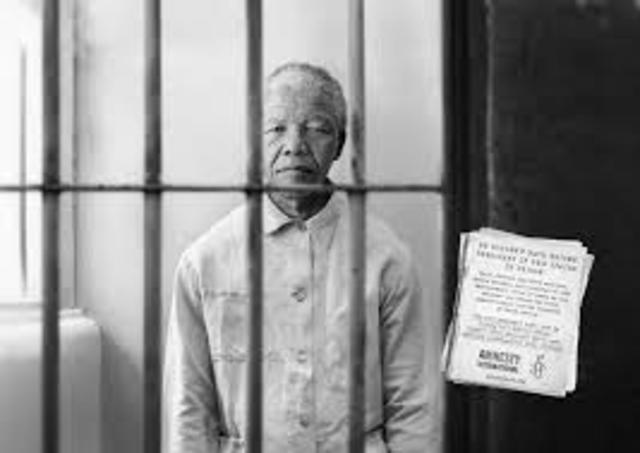 Nelson Mandela arrested.