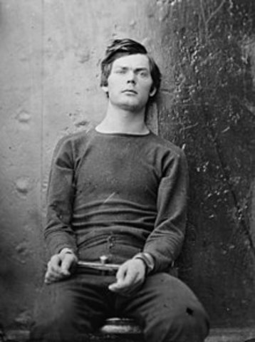 4.   Lewis Powell Attempts to Assassinate Secretary of State Seward