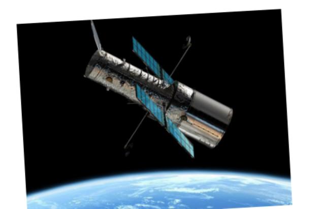 1990: Telescópio Hubble é lançado.