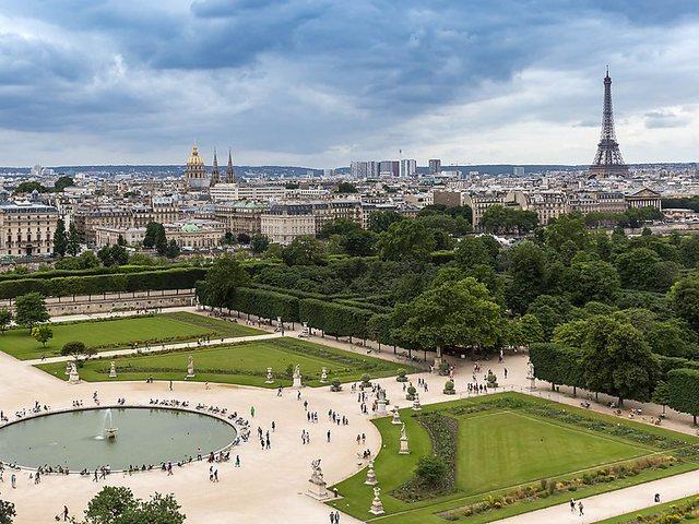 Il re viene obbligato a trasferirsi a Parigi