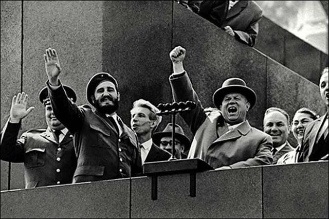 Fidel visita la URSS