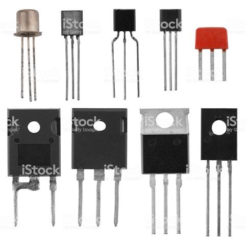 El uso del transistor permite fabricar equipos más pequeños y más rápidos.