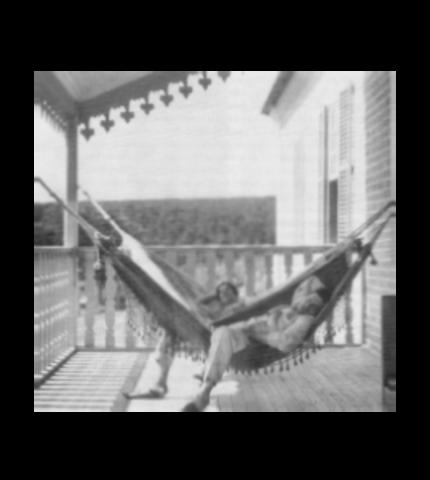 Tarsila and Oswald are resting on the porch at Santa Teresa Farm.