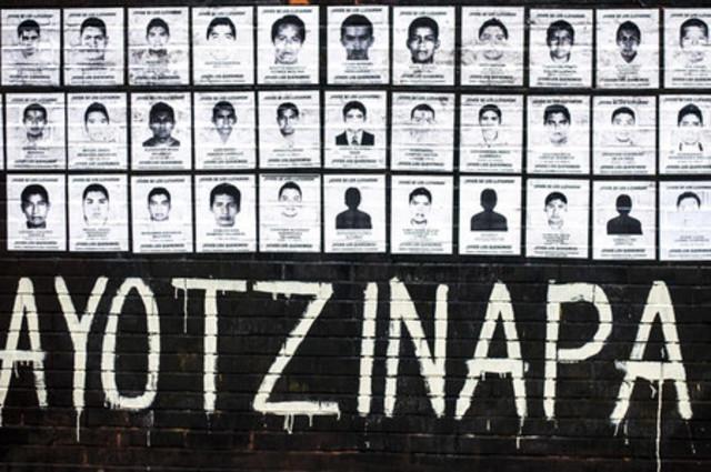 Desaparecen 43 estudiantes de Ayotzinapa.